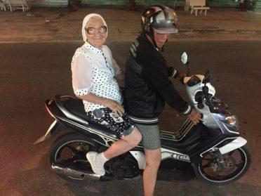 Бабулька (89 лет) из Красноярска путешествует одна по всему миру