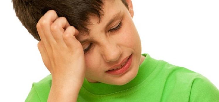 Болит голова в висках у детей - Болит голова у ребенка